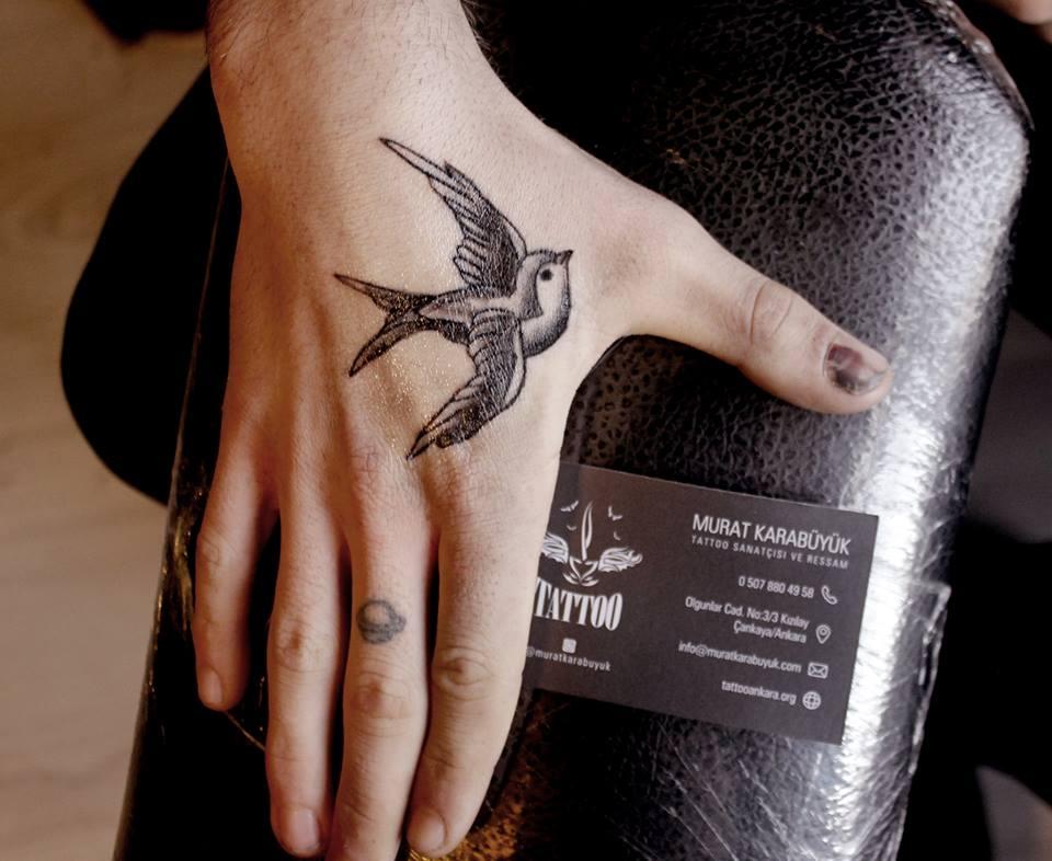 tatto kalıcı dövme ressam dövme fiyat kırlangıc dövmesi